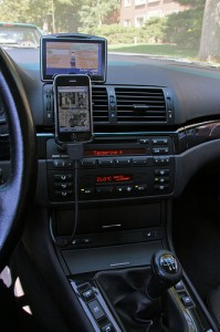 Driving With a Jailbreak 3GS Phone
